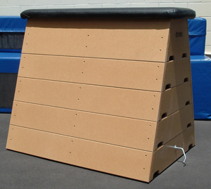 Boxhorse 5 Section with Vinyl Top-0