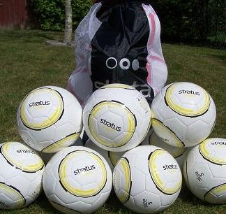 10 x Stratus Stealth Soccer Ball Kit Size 3-0